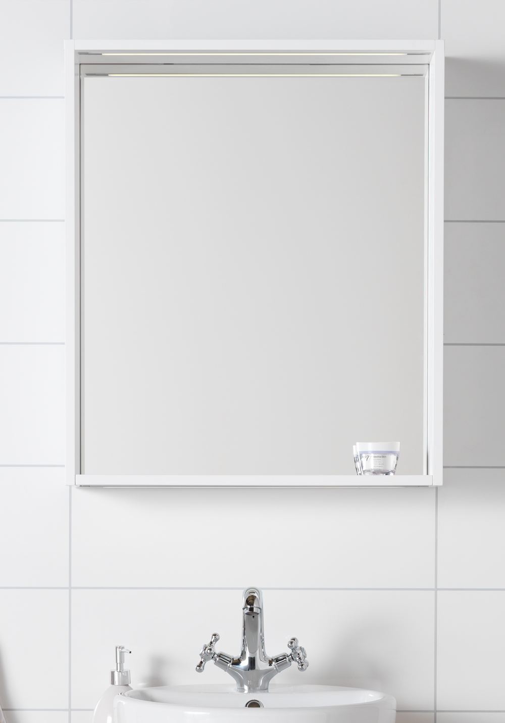 eden speil 600 speil med innfelt led over og underbelysning og med en ...